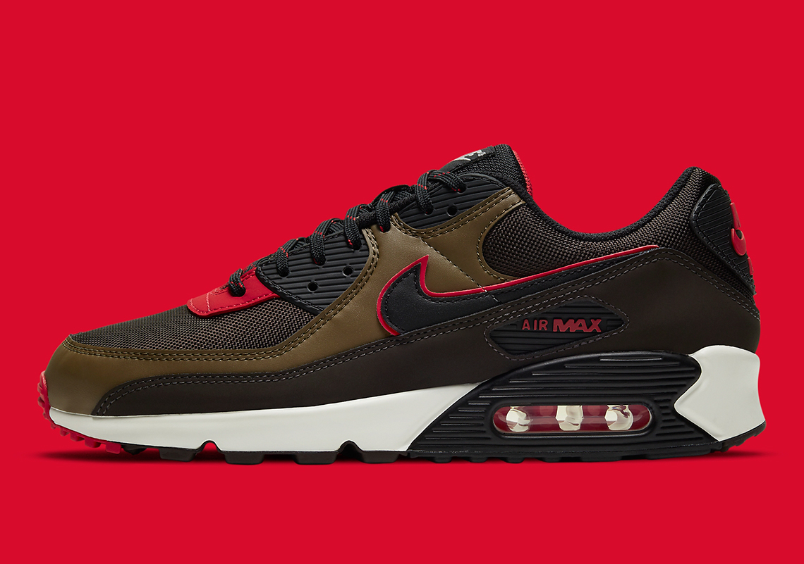 Nike's Latest Air Max 90 Couples Velvet Brown Uppers With University Red Accents