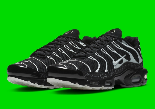Nike Covers The Air Max Plus In Spiderwebs For Halloween