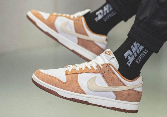 """On Foot Look At The Nike Dunk Low """"Medium Curry"""""""