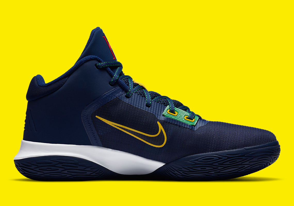 realce Frontera Canal  Kyrie Flytrap 4 Navy Green Yellow CT1973_400 | SneakerNews.com