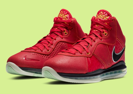 "The Upcoming Nike LeBron 8 ""Gym Red"" Has Glow In The Dark Soles"