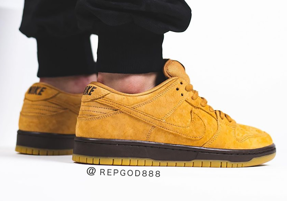 Nike SB Dunk Low wheat shade on foot