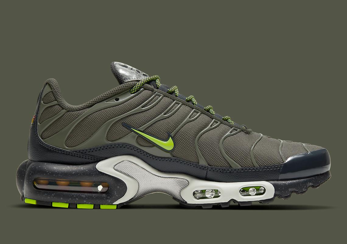 3M Nike Air Max Plus DB4609-300 Release Info | SneakerNews.com