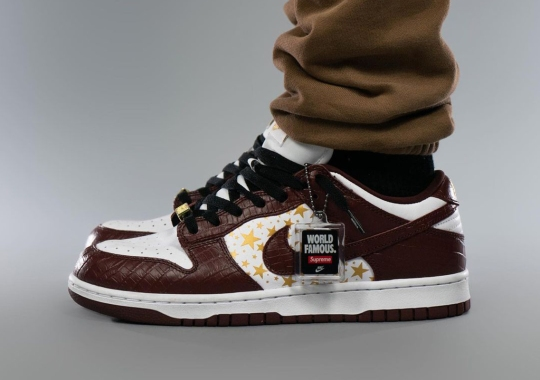 """Detailed Look At The Supreme x Nike SB Dunk Low """"Barkroot Brown"""""""