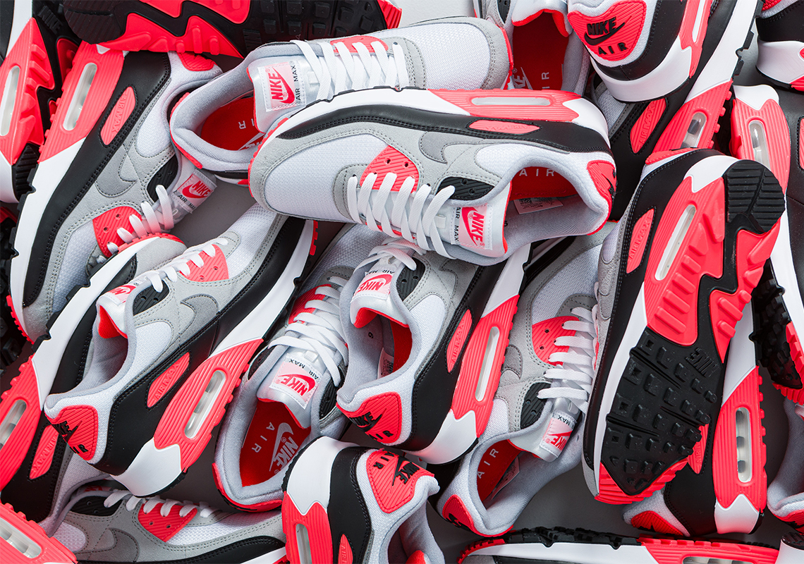 pétalo Grado Celsius excursionismo  Nike Air Max 90 Infrared CT1685-100 Release Reminder | SneakerNews.com