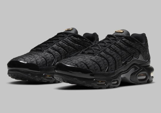 Nike's Air Max Plus With All-Over Tn Print Is Coming In Black