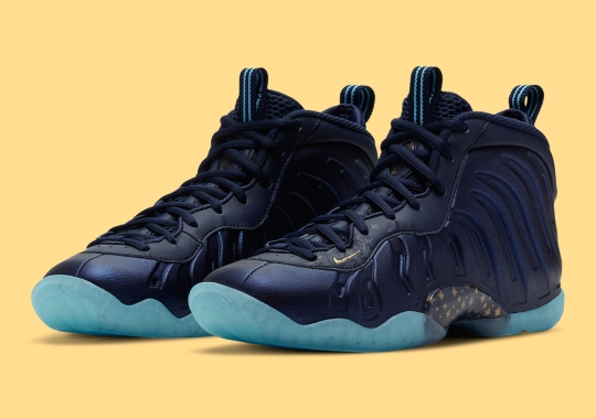 """The Nike Little Posite In """"Obsidian"""" Gets Dotted With Starry Gold Accents"""