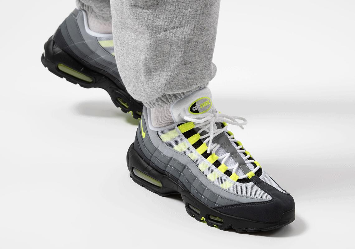 Nike Air Max 95 OG Neon CT1689-001 Release Date | SneakerNews.com