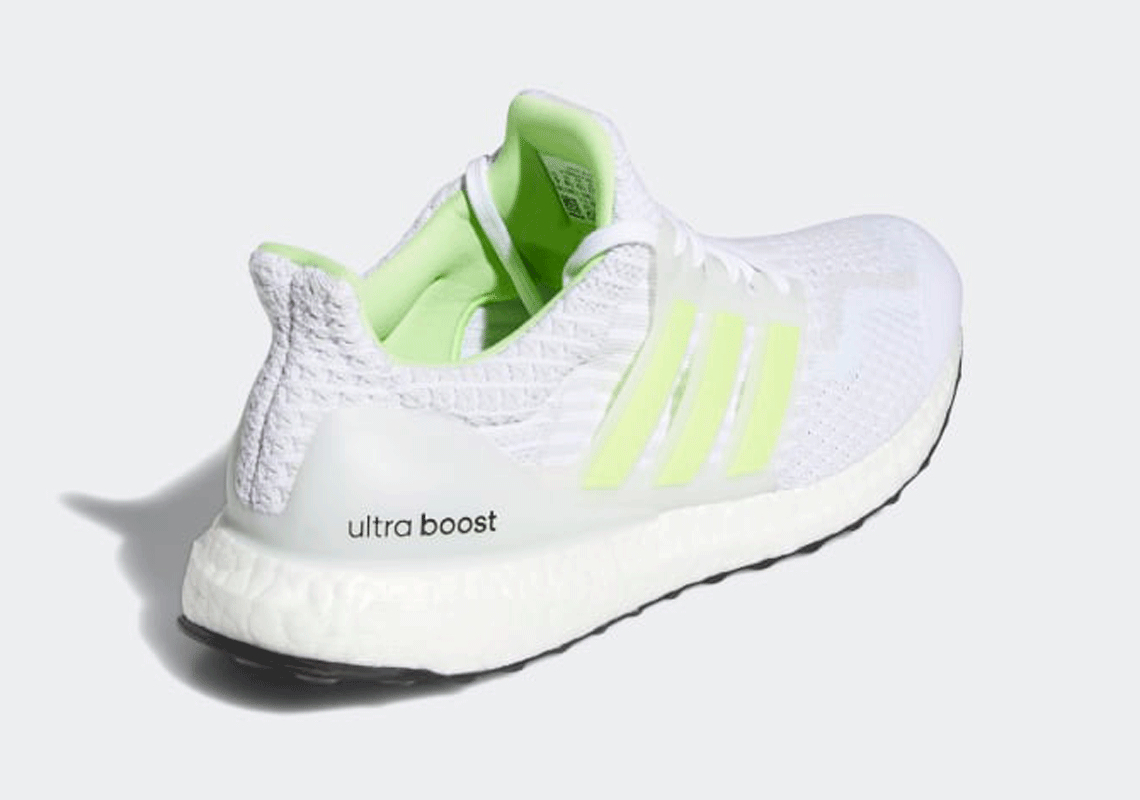 UltraBoost 5.0 DNA 'Glow In The Dark - White Signal Green'