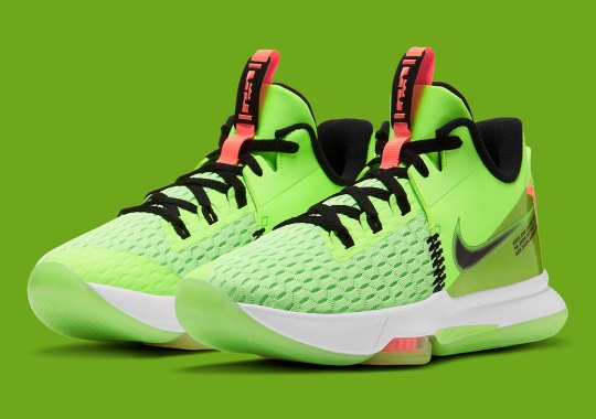 "The Nike LeBron Witness 5 Gets Its Own Festive ""Grinch"" Colorway"