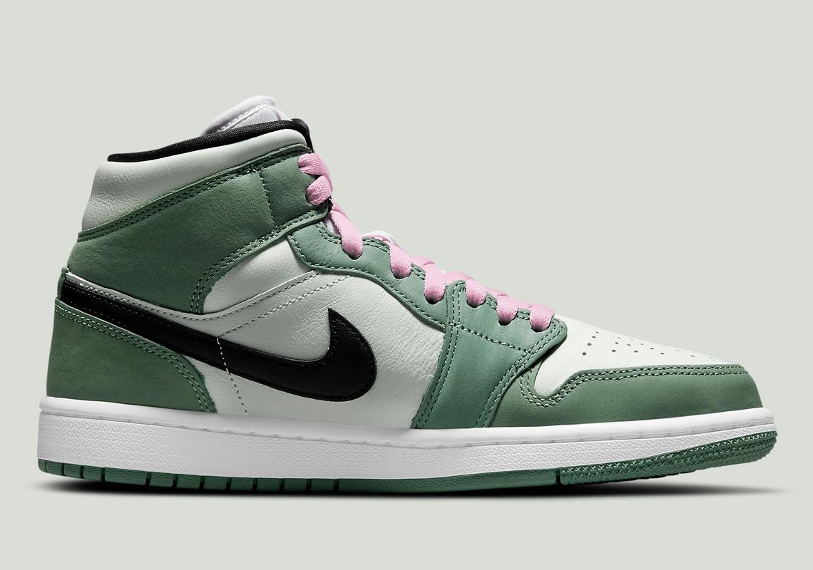 Nike Air Jordan 1 Silver Toe: Where to Buy & Resale Prices