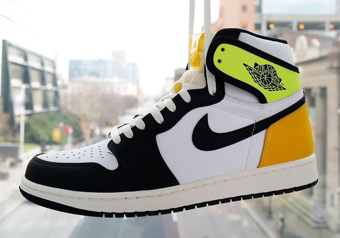 Air Jordan 1 Volt Gold 555088-118 Store List | SneakerNews.com