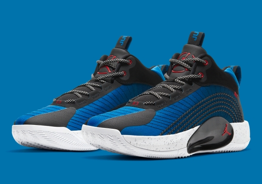 """A Classic """"True Blue"""" Look Appears On The Jordan Jumpman 2021 PF"""