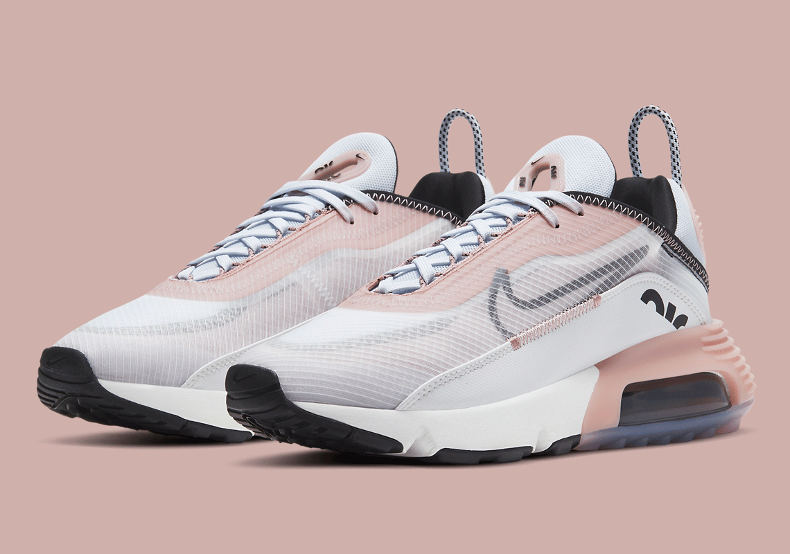 """Nike's Seasonal """"Champagne"""" Look Arrives To This Air Max 2090 For Women"""