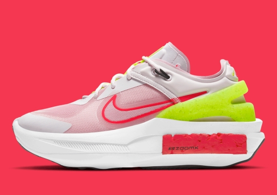 This Women's Nike Fontanka Edge Gets Hits Of Violet, Red And Pink