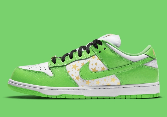 "Official Images Of The Supreme x Nike SB Dunk Low ""Green"""