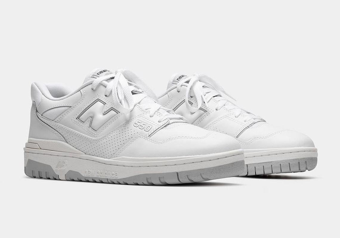 constantemente Positivo partícipe  New Balance 550 Black White Release Date | SneakerNews.com