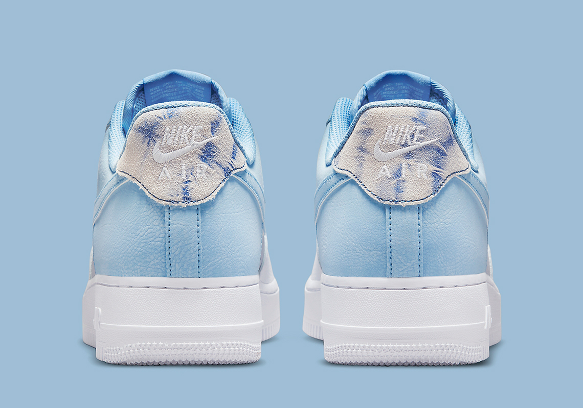 Air Force 1 '07 LV8 'Psychic Blue'