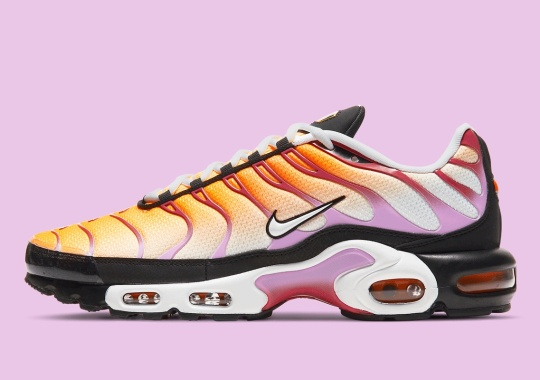 Summer Sherbet Colors Appear On The Nike Air Max Plus