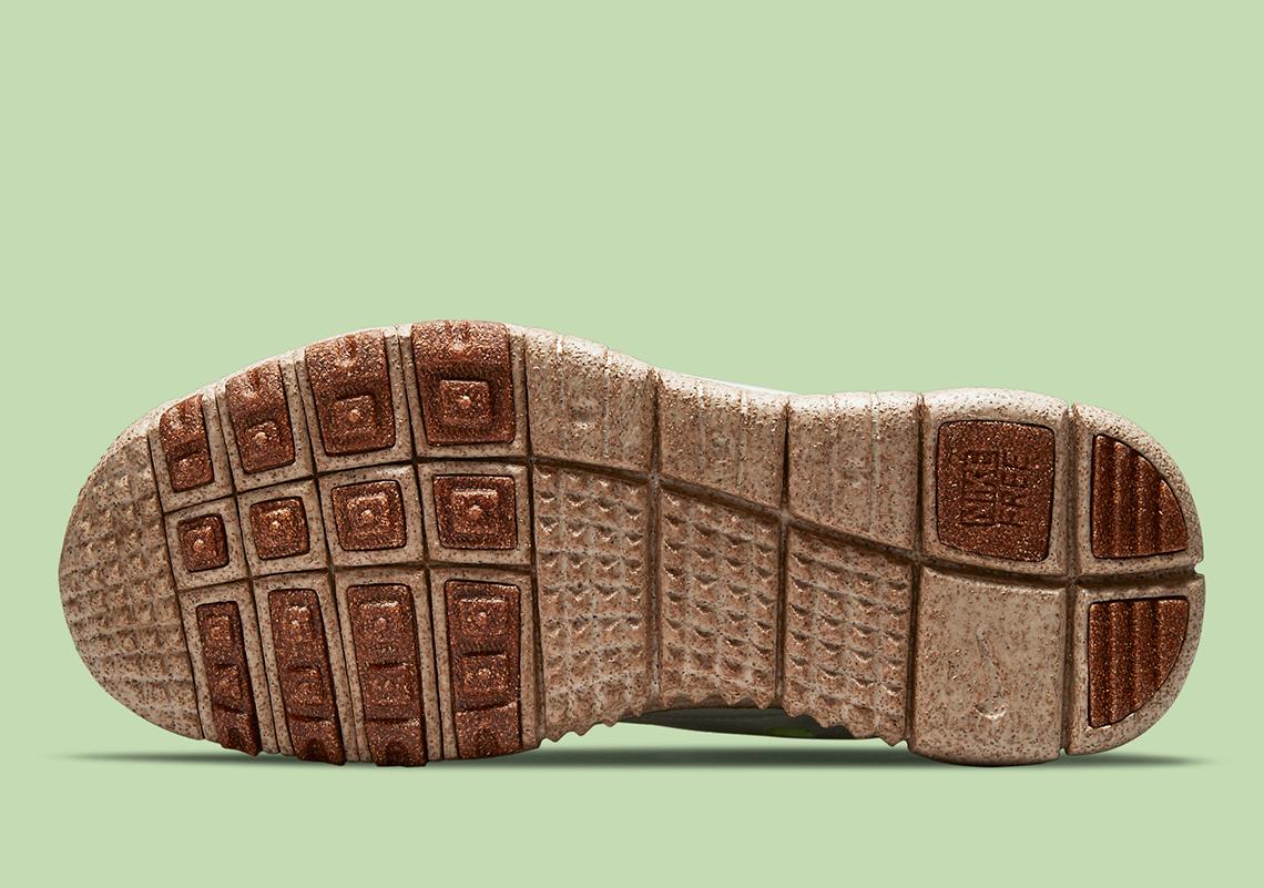 Nike-Free-Run-Trail-CZ9079-100-1.jpg?w=1140