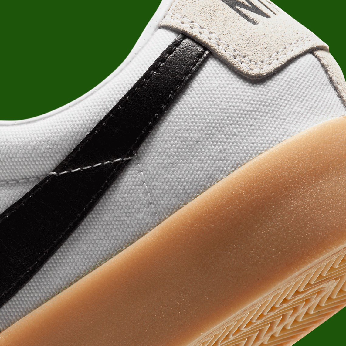 Nike-SB-Blazer-Low-GT-DC7695-100-01.jpg?w=1140