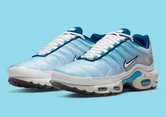 This Nike Air Max Plus Looks To Clear Skies