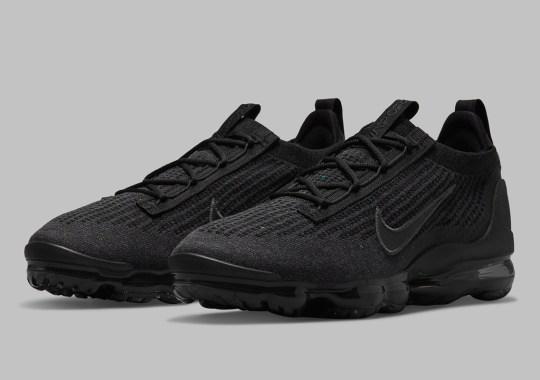The Nike Vapormax Flyknit 2021 Kicks Off The Year In Triple Black