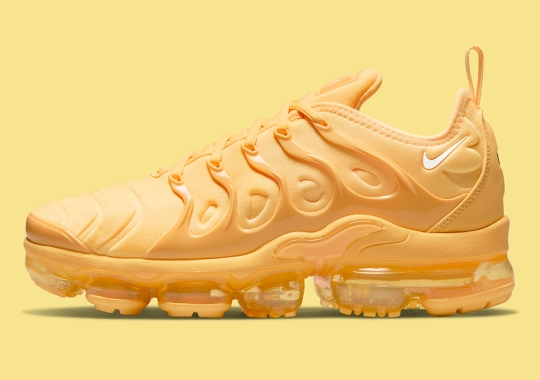 The Nike Vapormax Plus Gets A Full Yolk Yellow Upper