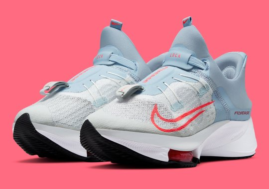 The Women's Nike Zoom Tempo NEXT% Flyease Receives A Light Armory Blue Update