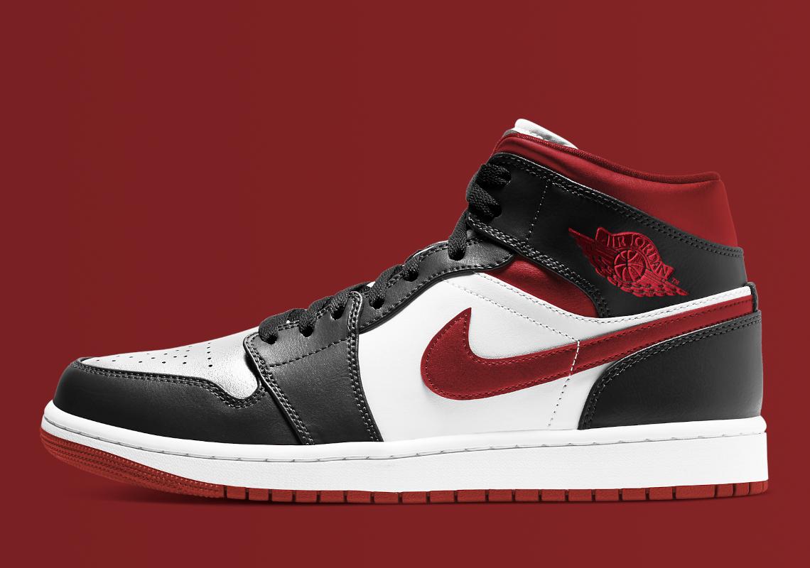 Air Jordan 1 Mid Gym Red 554724-122 | SneakerNews.com