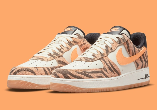 Daktari Stripes Return On This Nike Air Force 1 Low
