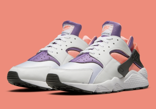 """The Nike Air Huarache Appears With """"Bright Mango"""" Accents"""