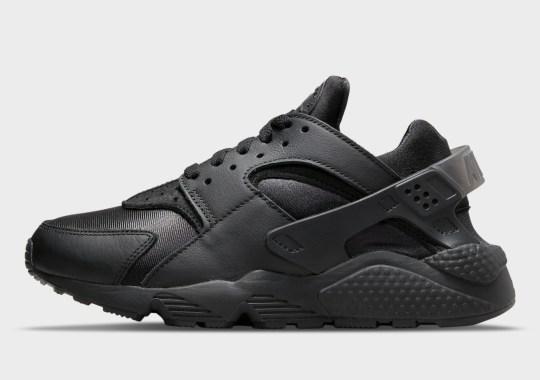 A Triple Black Nike Air Huarache Is Coming