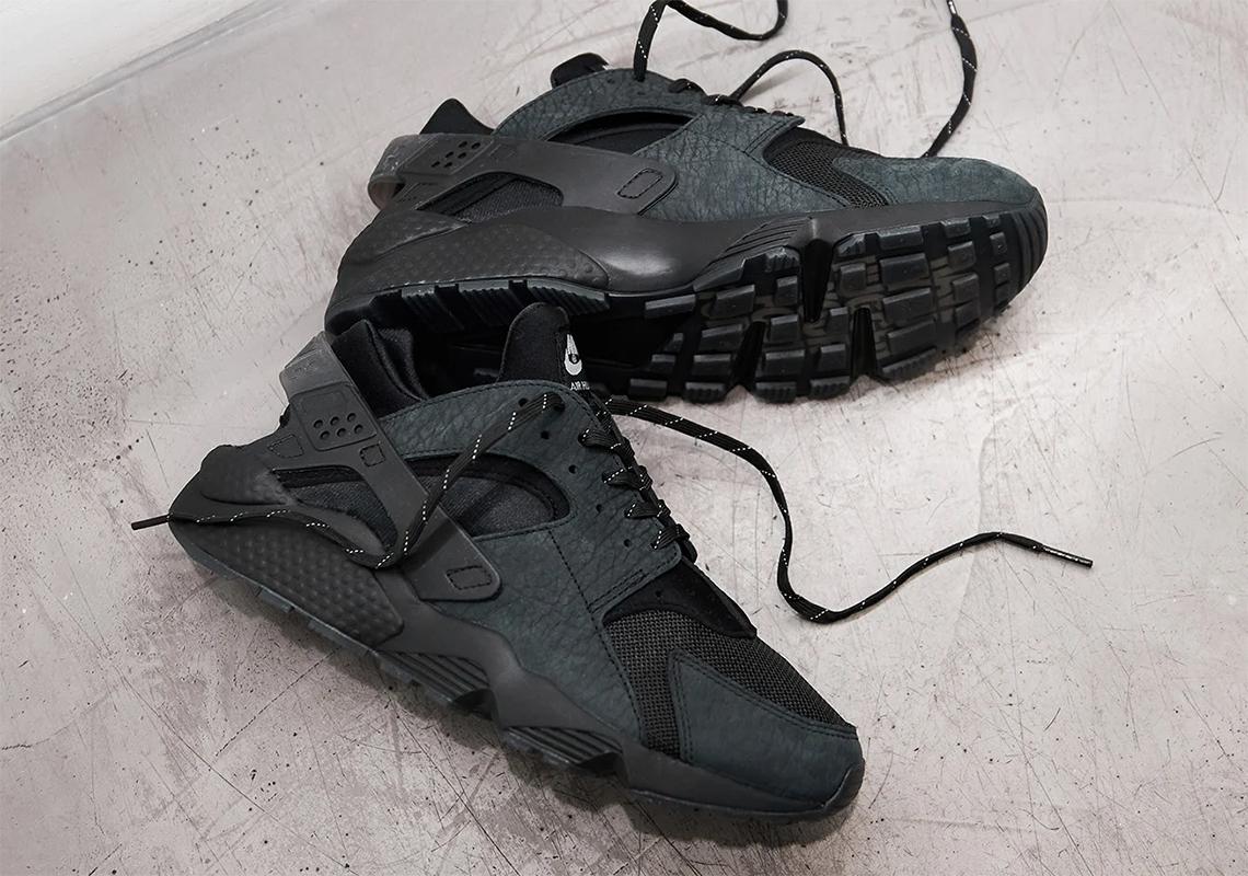 Nike Air Huarache Black Tumbled Leather | SneakerNews.com