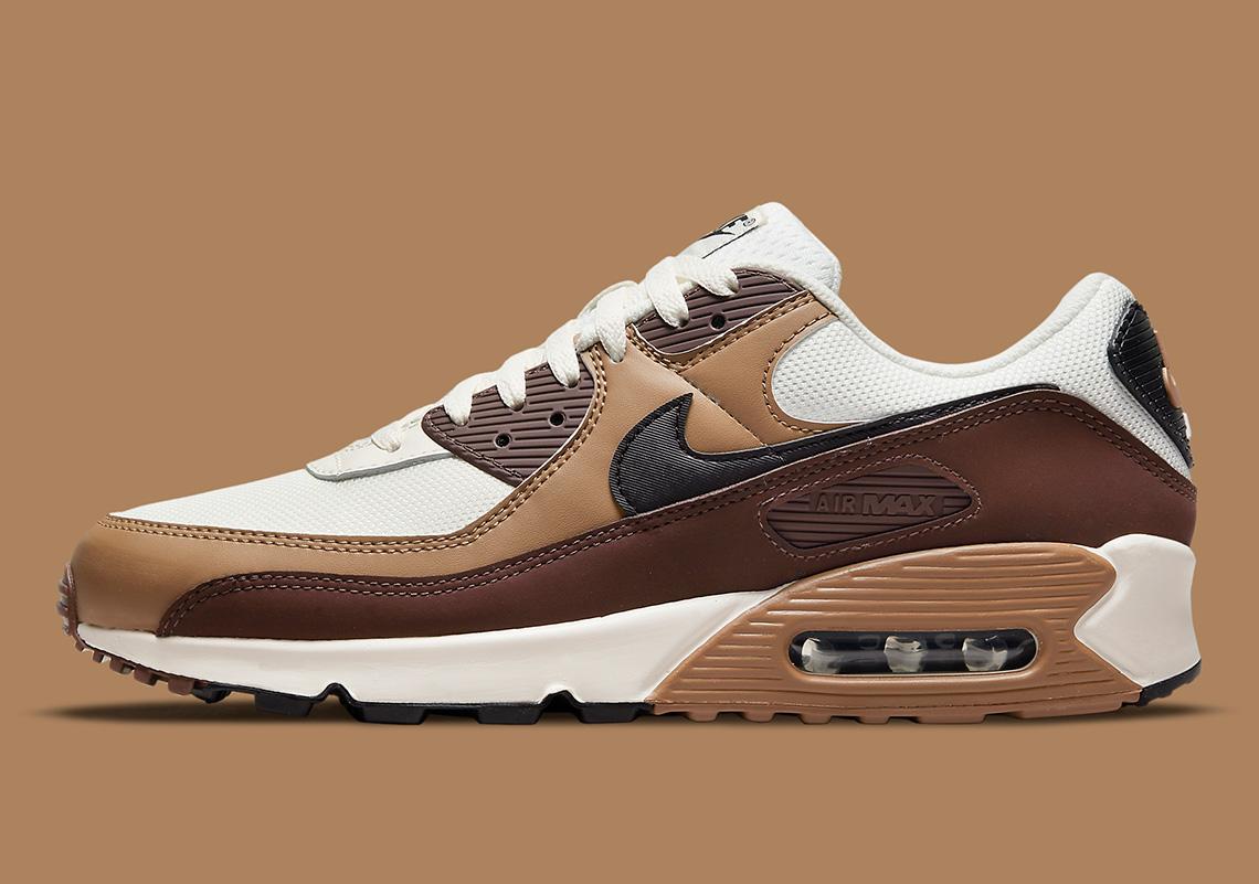 Nike Air Max 90 Dark Driftwood DB0625-200 | SneakerNews.com
