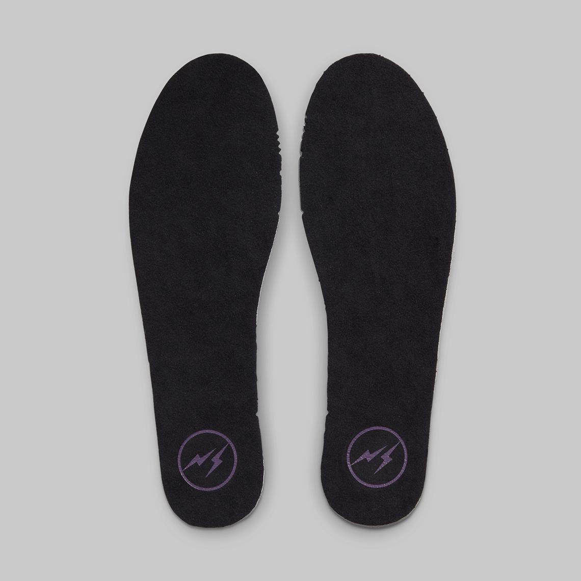 fragment-Nike-Dunk-High-Beijing-2021-DJ0382-600-1.jpg?w=1140