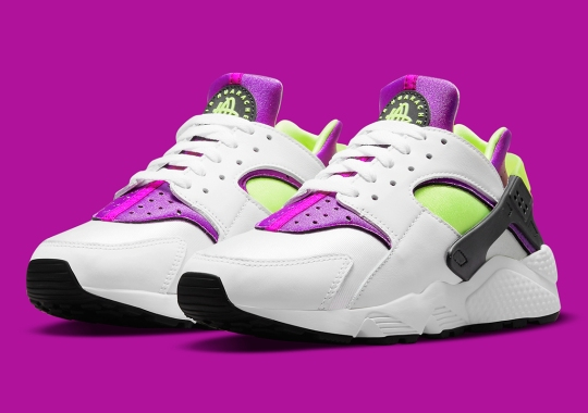 "The Nike Air Huarache OG ""Magenta"" Is Returning"