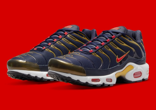 """2000's Nike Air Max Plus """"Olympic"""" Is Set For A Return"""
