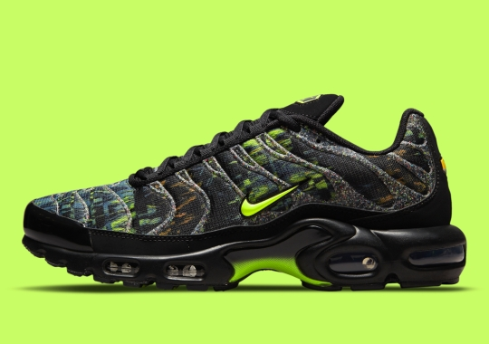 Nike Grind Takes Over The Exterior Cages On This Air Max Plus