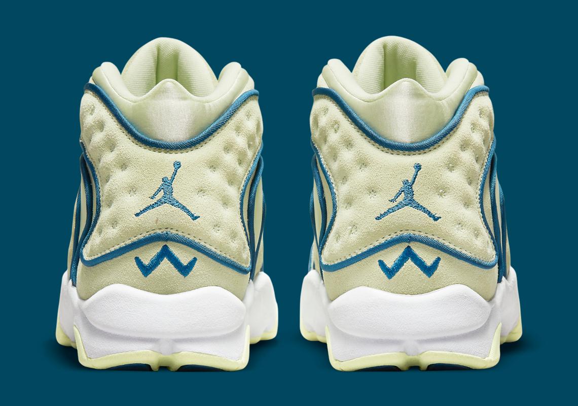 Women's Air Jordan OG 133000-300 Release Date | SneakerNews.com