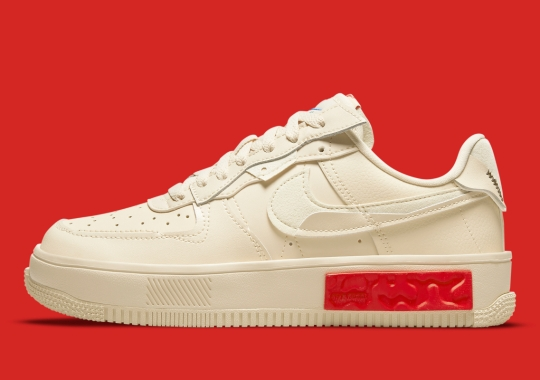 """""""Pearl White"""" Takes Over The Latest Nike Air Force 1 Fontanka"""