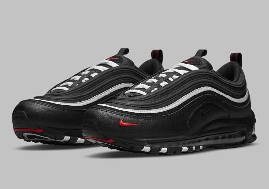 Nike Near Fully Blacks Out This Air Max 97