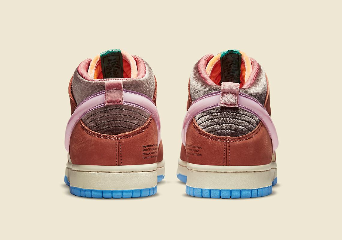 Social Status Nike Dunk Mid DJ1173 700 7