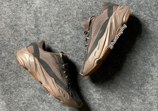 """First Look At The adidas YEEZY BOOST 700 V2 """"Mauve"""""""