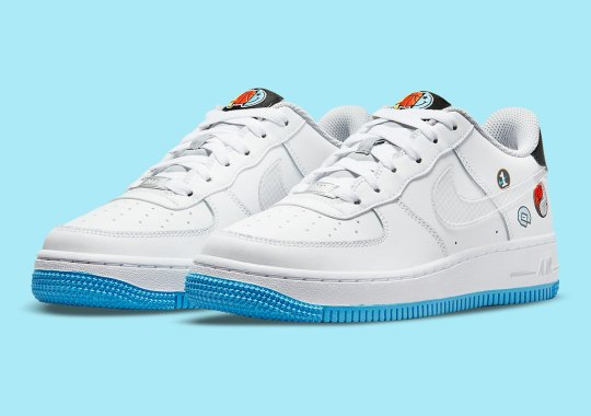 Yin-Yang And Basketball Stickers Come With This GS Nike Air Force 1