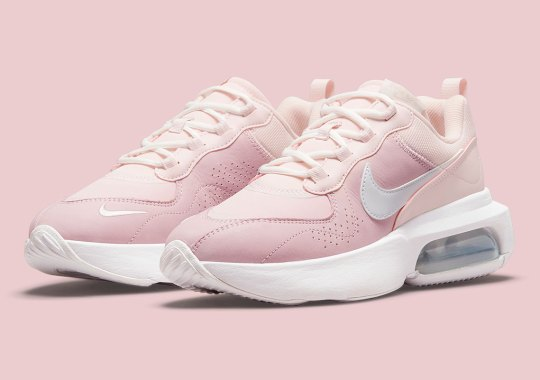 The Women's Nike Air Max Verona Is Blushing Pink