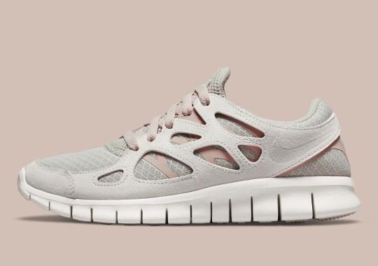 "Faint ""Pure Platinum"" Lands On The Nike Free Run 2"