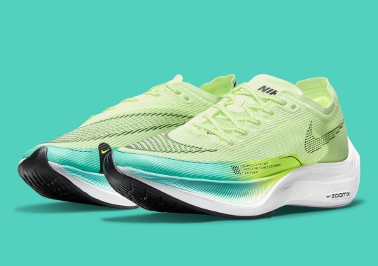 """Nike Applies """"Barely Volt"""" And Blue Flair To A Women's ZoomX Vaporfly NEXT% 2"""