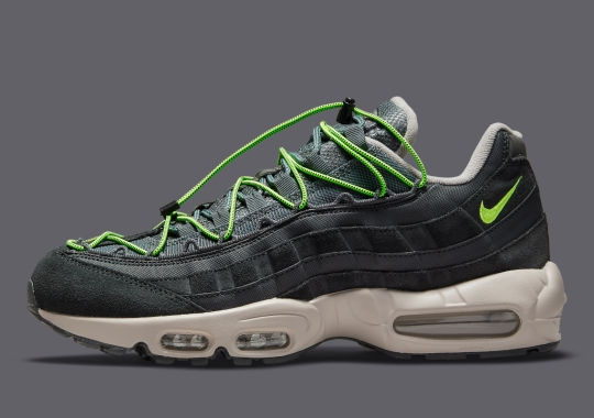"""""""Volt""""-Colored Speed-Lacing Appears On The Nike Air Max 95"""