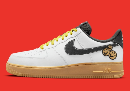"""Nike's """"Go The Extra Smile"""" Expands With An Air Force 1 Low"""